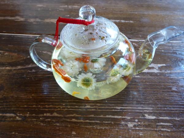 Chrysanthemum tea at the Nan Tien Temple tea house