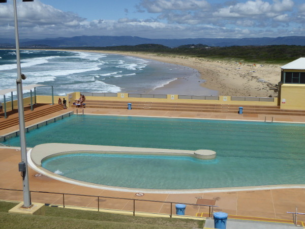 Port kembla olympic pool nsw 2505 for Swimming pools central coast nsw