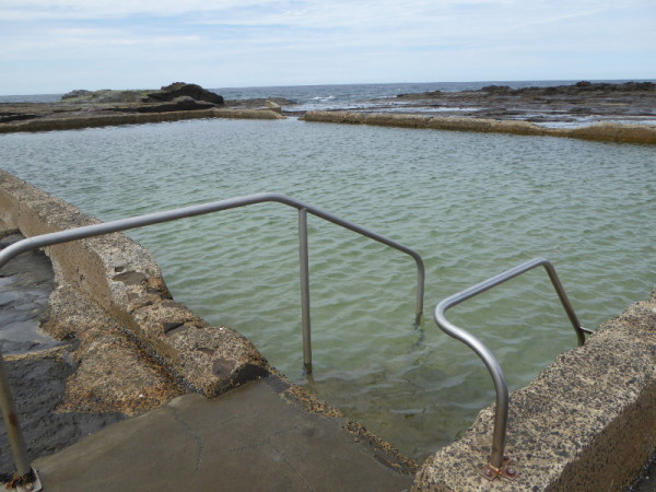 Werri Beach Rock Pool